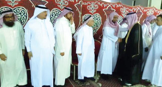 الأمراء والعلماء يعزون د.عبد الله بصفر