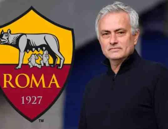 جوزيه مورينيو مدرب روما الإيطالي