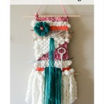 Bright and Fluffy Yarn Weaving
