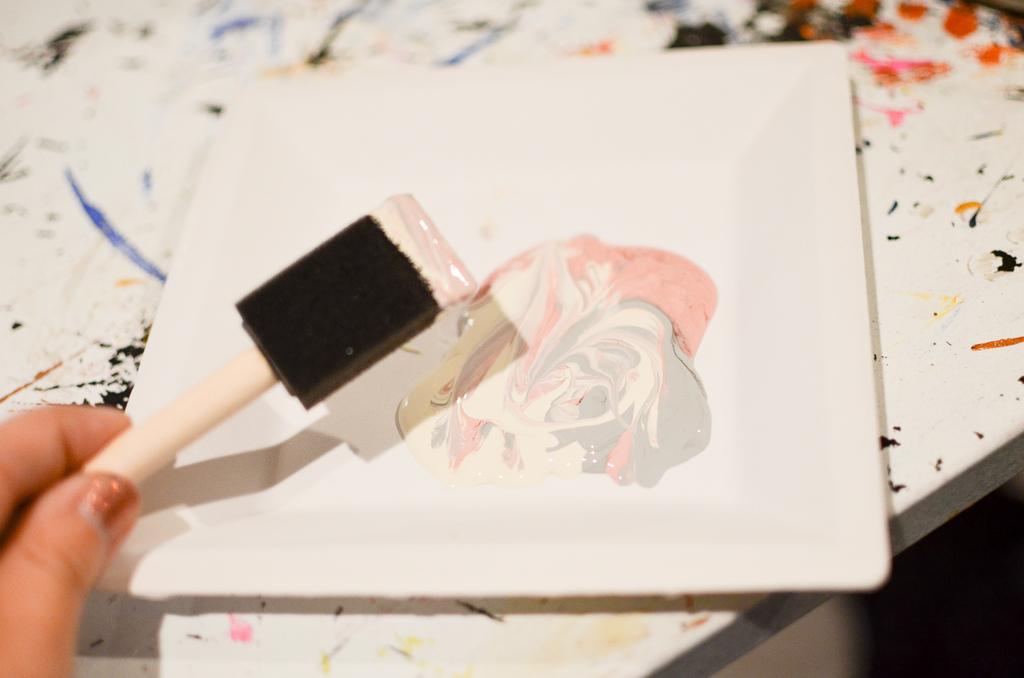 swirl the paint