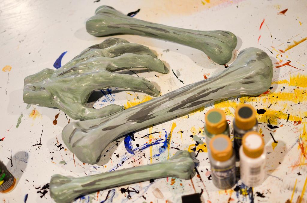 paint the bones