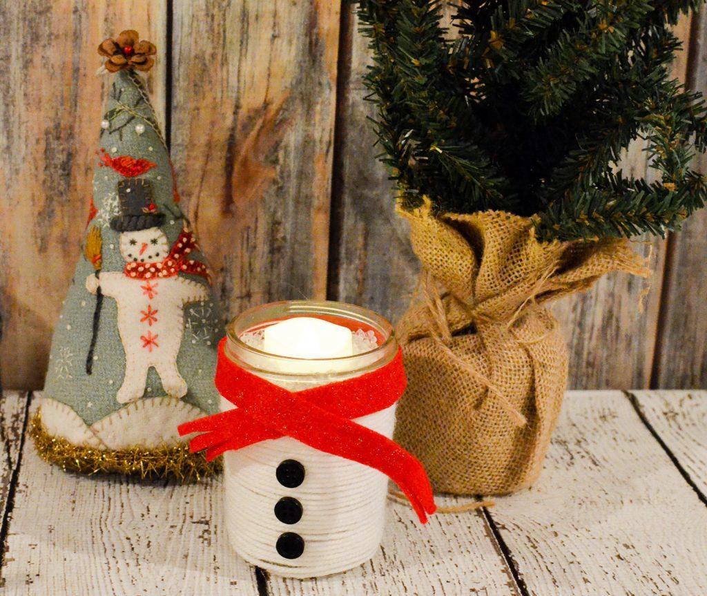 Yarn Wrapped Snowman Mason Jar
