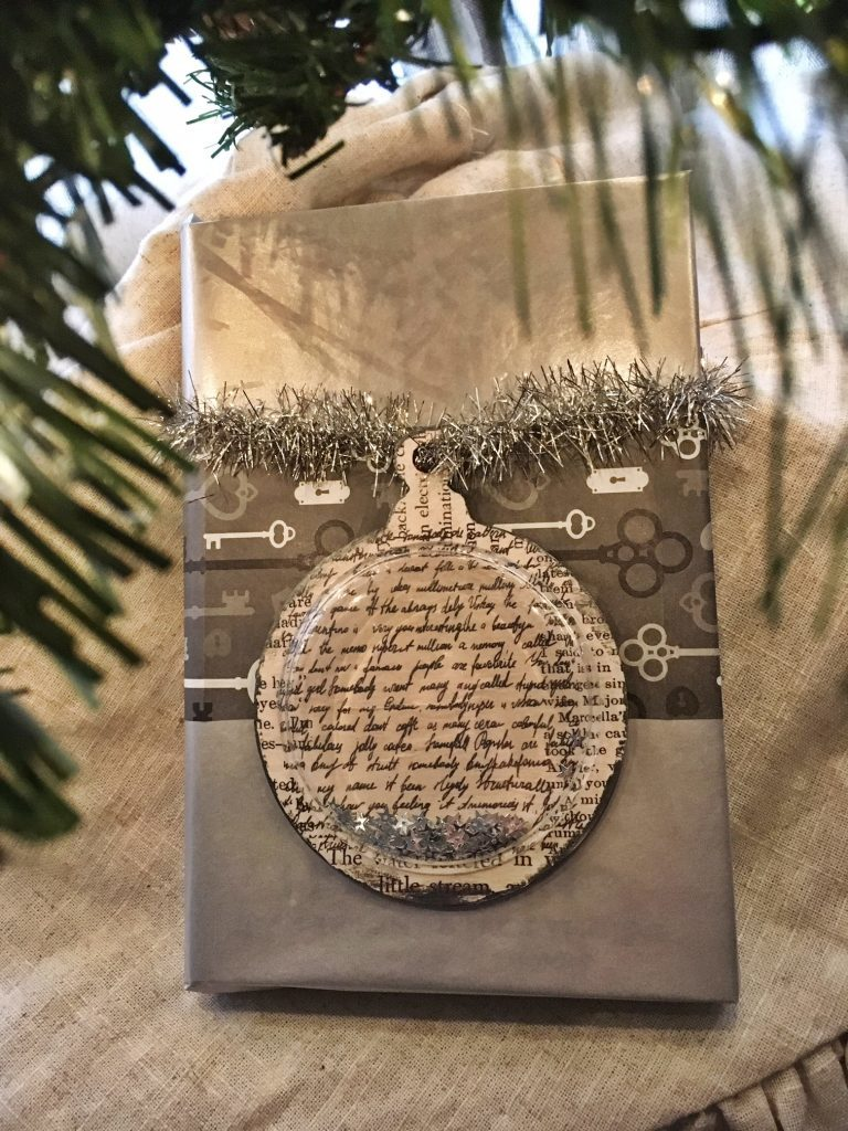 Shaker Ornament Gift Tag