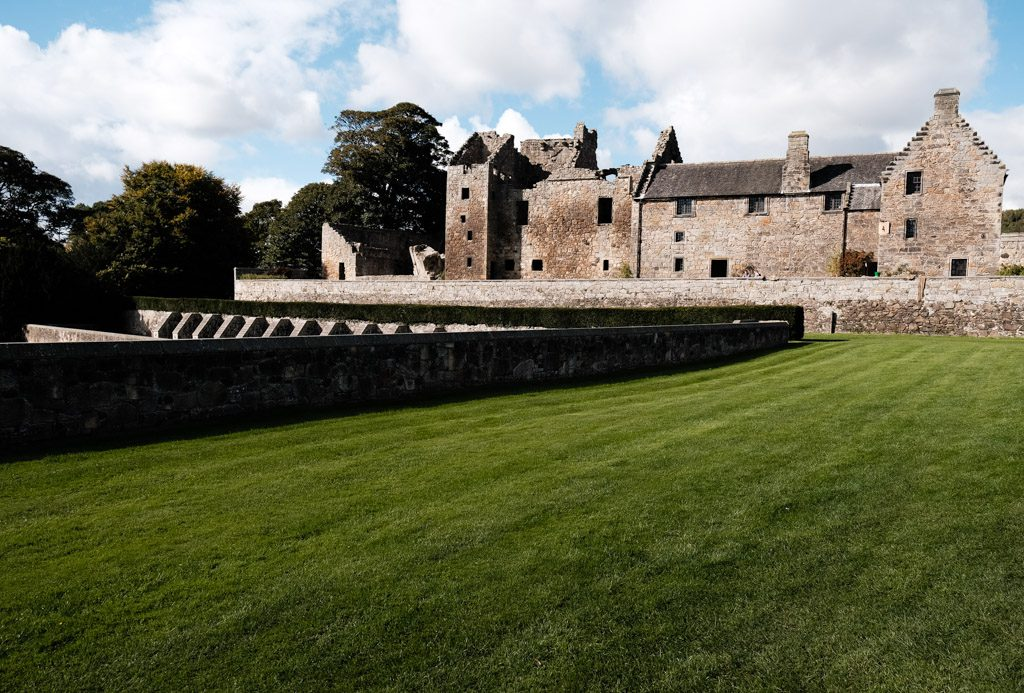 A Day at Aberdour Castle
