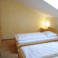 Cameră mansardă Junior Suite