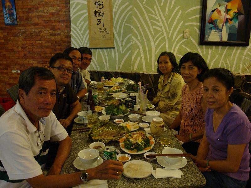 Tri-Cuong-Danh-Hue-Hoa-Phuong-Dung