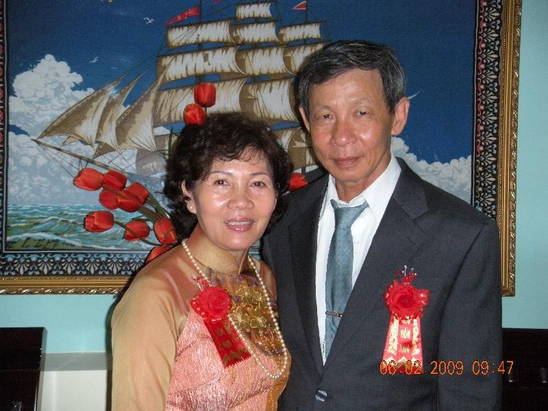 Vợ chồng Tuyên