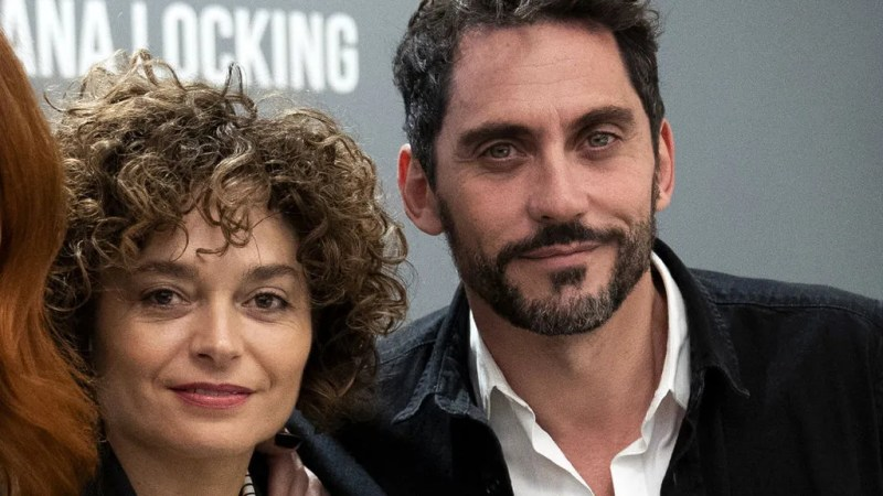 Paco León and his wife, Anna R. Costa, in 2018