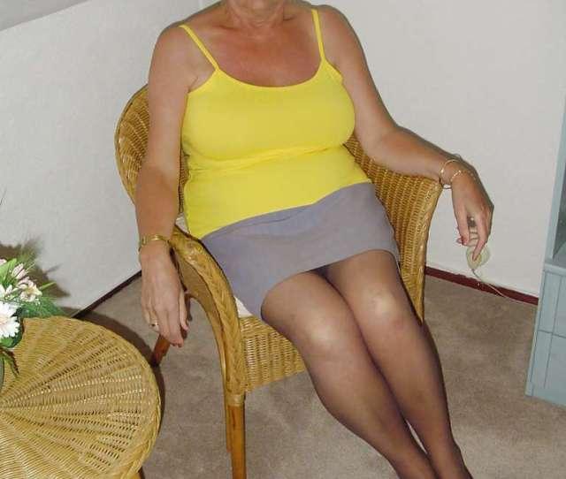 Dutch Granny Fledgling  Years Old