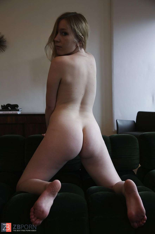 Free naked sister