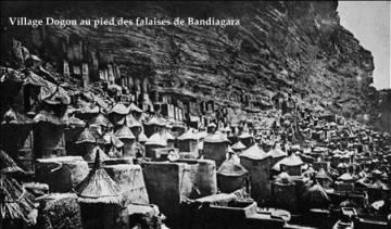 Village Dogon au pied des falaises de bandiagara