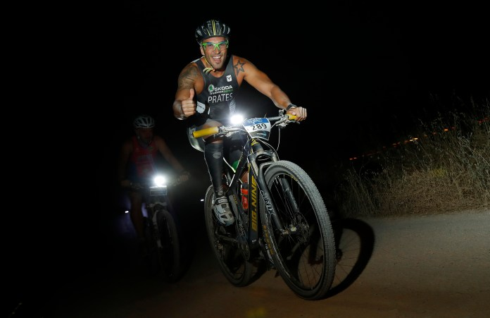 Du Cross nocturno
