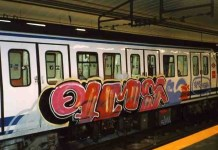 grafitis en metro