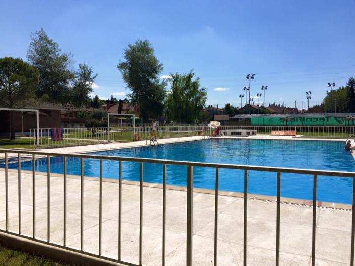 piscina grinon