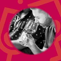 Taller cata de vino en Alcañiz - https://www.freepik.es/