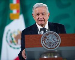 AMLO respalda que Zaldívar se mantenga dos años más en la SCJN si encabeza la reforma al Poder Judicial