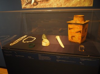 Burial Goods Grave 3, Middle Copper Age (4750-4700 BC) Dentalium shell, Copper armring, Malchaite necklace, golden ring, stone axe, pottery etc.