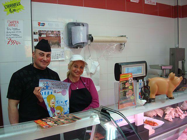 Elena y Tomás de carnicería El Cachopo Alcorcón en C/ San Luis 5 ( en el centro, junto a la calle La huerta) hacen del miércoles el día perfecto
