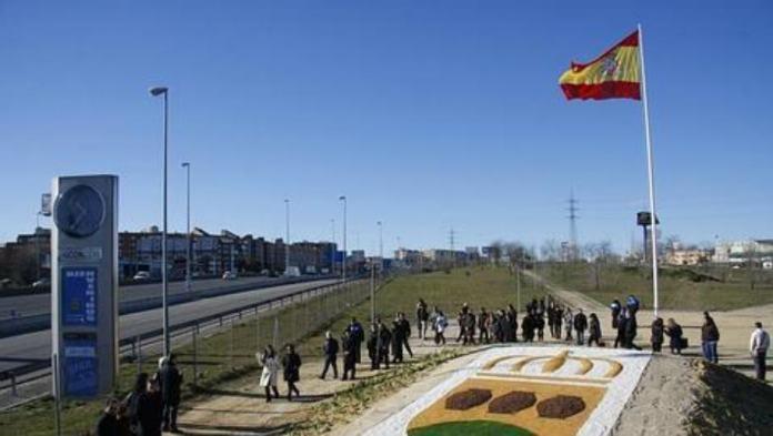 VOX Alcorcón solicitará en el Pleno la reposición de las banderas de España