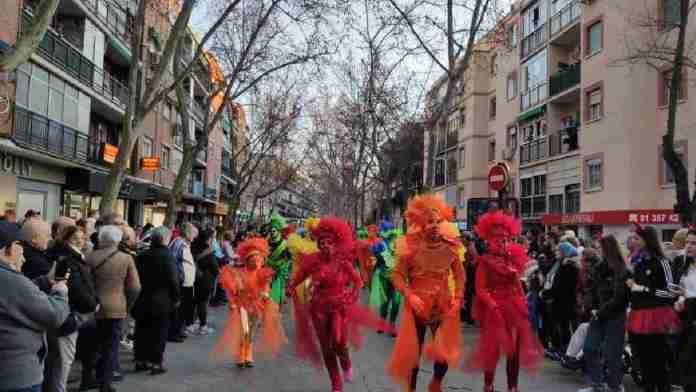 Alcorcón se echa a la calle para celebrar el Carnaval