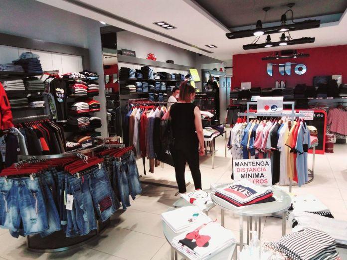 Tito Jeans, 35 años vendiendo moda en Alcorcón