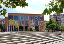 El Ayuntamiento de Alcorcón cierra el Buero Vallejo tras un brote de Covid-19