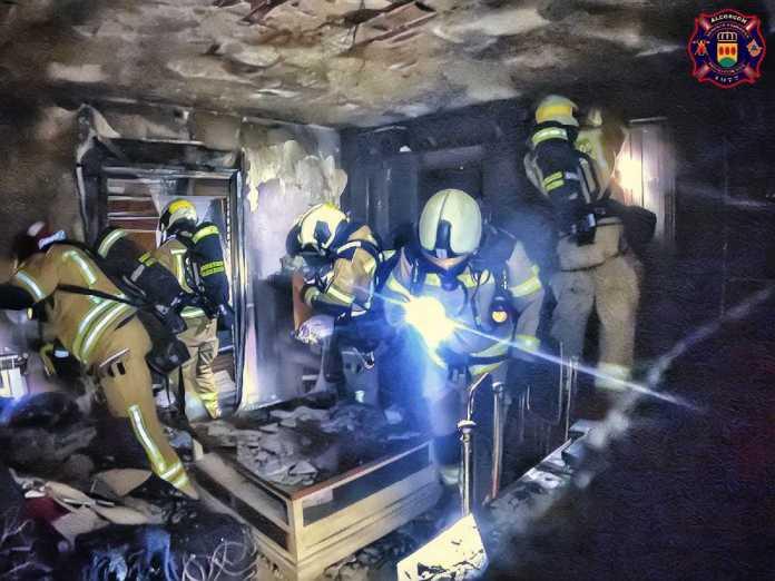 Incendios, sanciones nocturnas y detenciones en Alcorcón