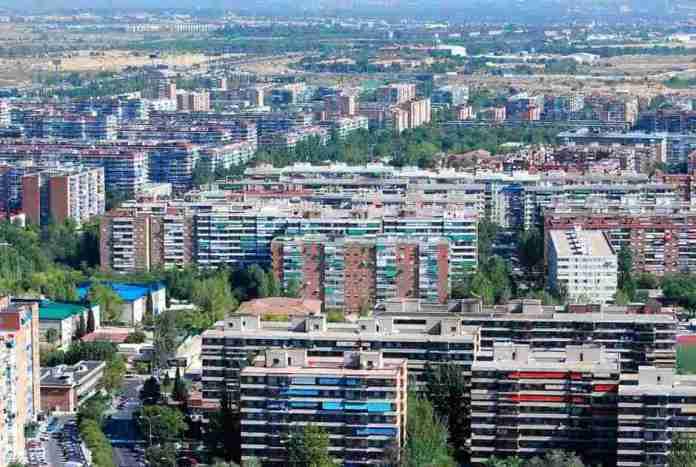 La Concejalía de Hacienda ha implementado un 'Plan de Limpieza de Facturas'. El Ayuntamiento de Alcorcón 'limpia' más de 25 millones de euros en facturas.
