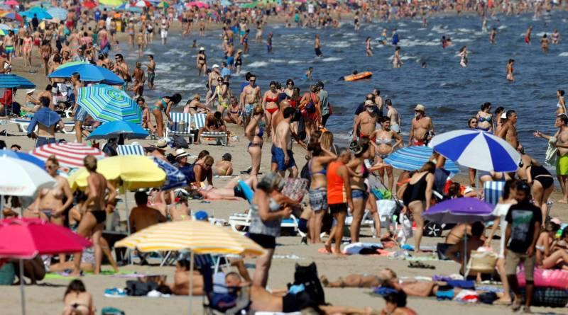 spain-beach-indian-summer