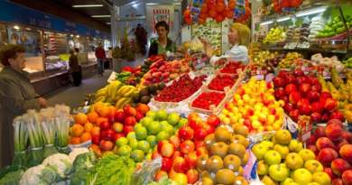 spain to top life expectency table