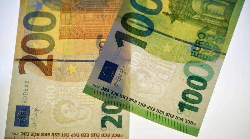 new-euro-200-100-notes