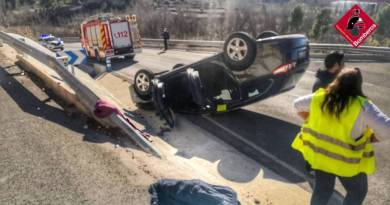 Two slightly injured in Cocentaina car accident