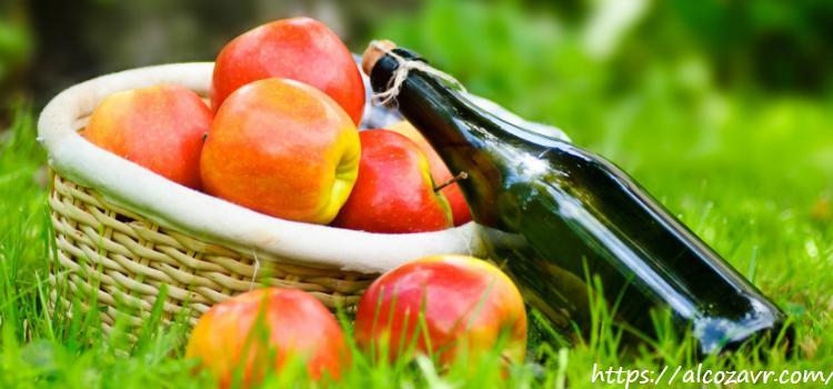 Как сделать крепленое вино из яблок