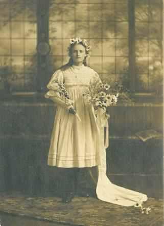 Hilda Storey - May Queen 1911.
