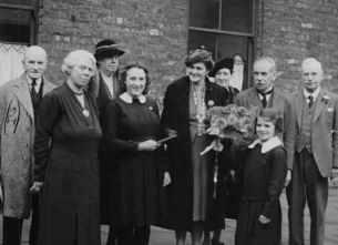1940 Head Mary Rial