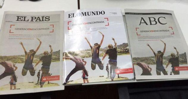Varios periódicos en España con las portadas iguales. Imagen: Gumersindo Lafuente, 2015. Fuente: elDiario.es. (CC BY-SA 2.0.)