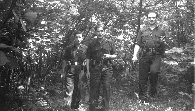 """""""Los caixagales"""" grupo guerrila que luchaba contra el fascismo en las montañas de Asturias en 1944. Autor: desconocido. Fecha: 1944. Fuente: flickr Licencia. CC BY 2.0"""
