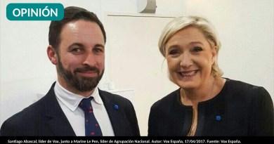 Santiago Abascal, líder de Vox, junto a Marine Le Pen, líder de Agrupación Nacional. Autor: Vox España, 17/04/2017. Fuente: Vox España.