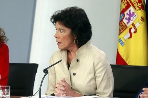 La ministra de Educación y Formación Profesional, María Isabel Celaá, durante su intervención en la conferencia de prensa posterior al Consejo de Ministros. Autor: La Moncloa - Gobierno de España, 13/07/2018. Fuente: Flickr. (CC BY-NC-ND 2.0).