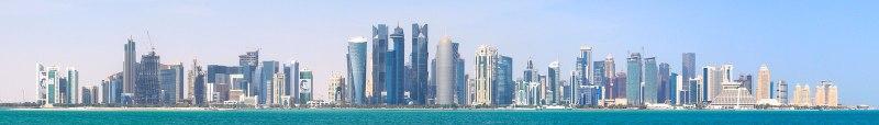 El horizonte de la ciudad de Doha, Catar, una de las últimas monarquías absolutas. Autor: Romain.pontida, 09/02/2018, 12:10:41. Fuente: Wikimedia Commons ( CC BY-SA 4.0)