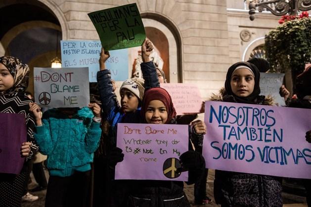 Estrategias de comunicación. Concentración contra la islamofobia en Barcelona. Fuente: https://www.diagonalperiodico.net/libertades/28795-radicalizacion-expres-termino-mediatico-con-poca-base-analitica.html