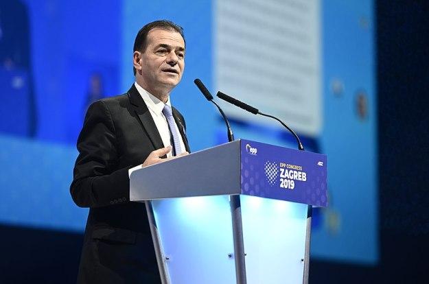 Ludovic Orban, ex-Primer Ministro rumano y líder del PNL, en el Congreso de Zagreb del European People's Party en Croacia, derrotado por AUR. Autor: European People's Party, 21/11/2019. Fuente: Flickr. (CC BY 2.0).