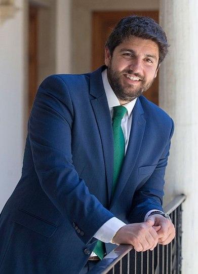 Fernando López Miras, presidente de la región de Murcia. Autor: CARM, 14/03/2019. Fuente: Comunidad Autónoma de la Región de Murcia. (CC BY-SA 4.0).