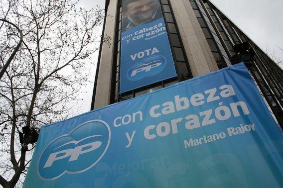 Sede del Partido Popular durante las elecciones generales españolas de 2008. Autor: Roberto Garcia, 09/03/2008. Fuente: Flickr. (CC BY 2.0).