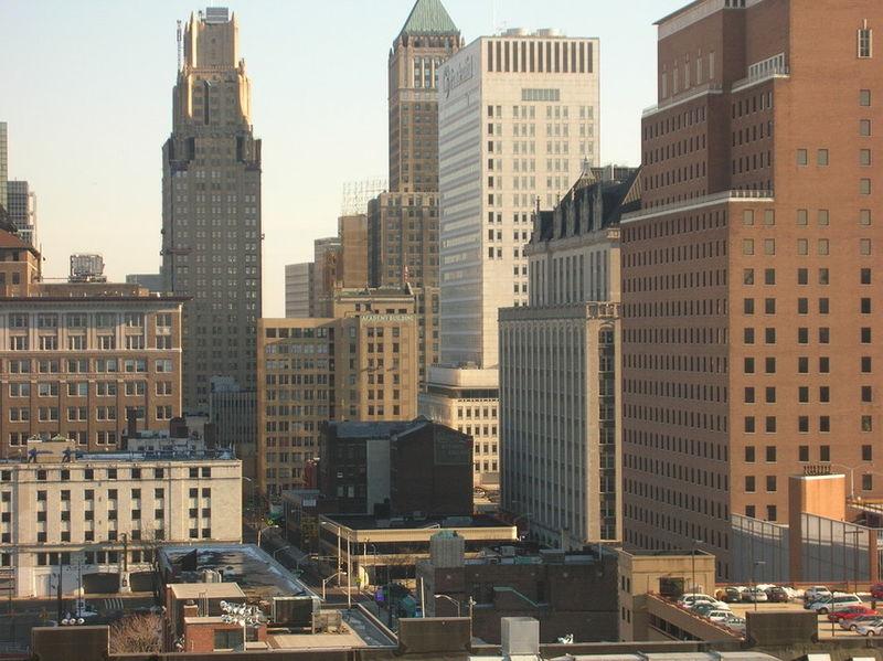 Fotografía del barrio de Newark en New Jersey, lugar donde se sitúa gran parte de la serie La conjura contra América. Autor: Fody, 14/09/2008. Fuente: Wikitravel.org (CC-BY-SA-3.0).