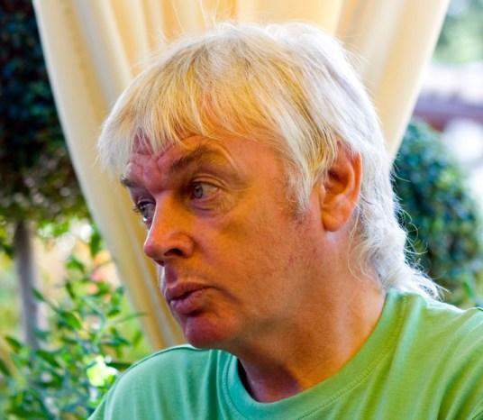 David Icke, escritor inglés ypartidario de teorías de la conspiración judía. Autor: Stegano Maffei, 08/09/2008. Fuente: Wikimedia Commons (CC BY 2.0)