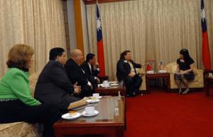 Miembros de la Cámara de Representantes de Puerto Rico se reunieron con la Sra. Lee-Jane Chuang-Secretaria General del Yuan Legislativo en Taiwán.