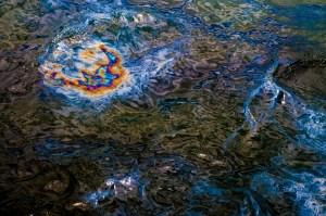 Justicia aclara controversia sobre calidad de cuerpos de agua y compañías petroleras