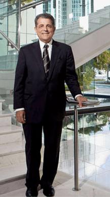 Juez Presidente del Tribunal Supremo de Puerto Rico, Hon. Federico Hernández Denton,