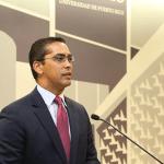 El licenciado Juan José Hernández habló de la obra de Hernández Denton desde su perspectiva de veinte años de experiencia como abogado litigante.